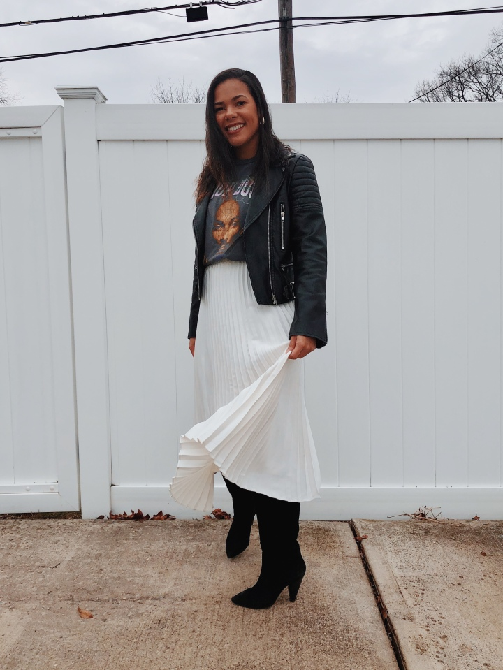 Easy and Casual How to Style Graphic Tees
